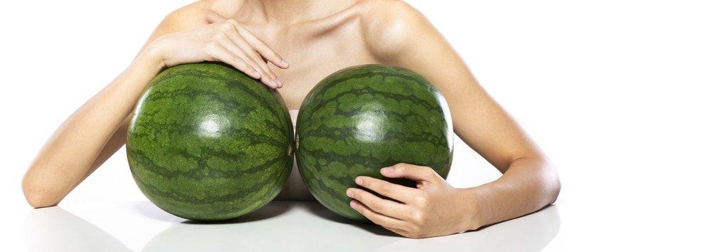 essential in het gooi enhanced breasts