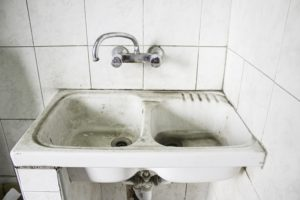 dirty toilet amsterdam apartment